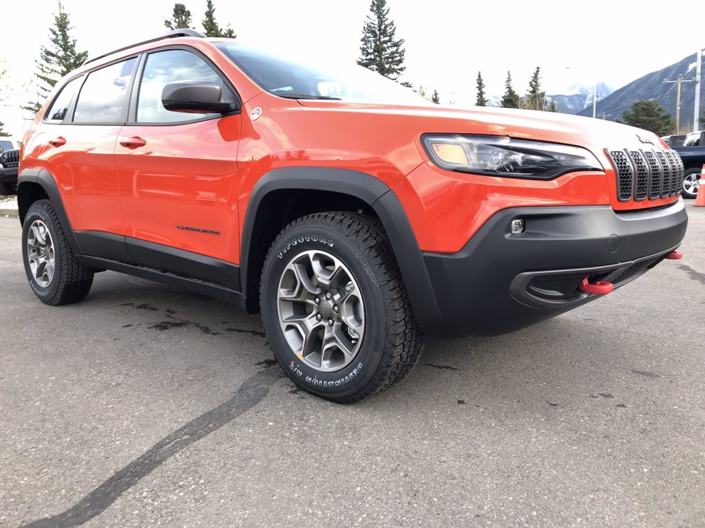 2021 Jeep Cherokee Trailhawk (21-7302) Main Image